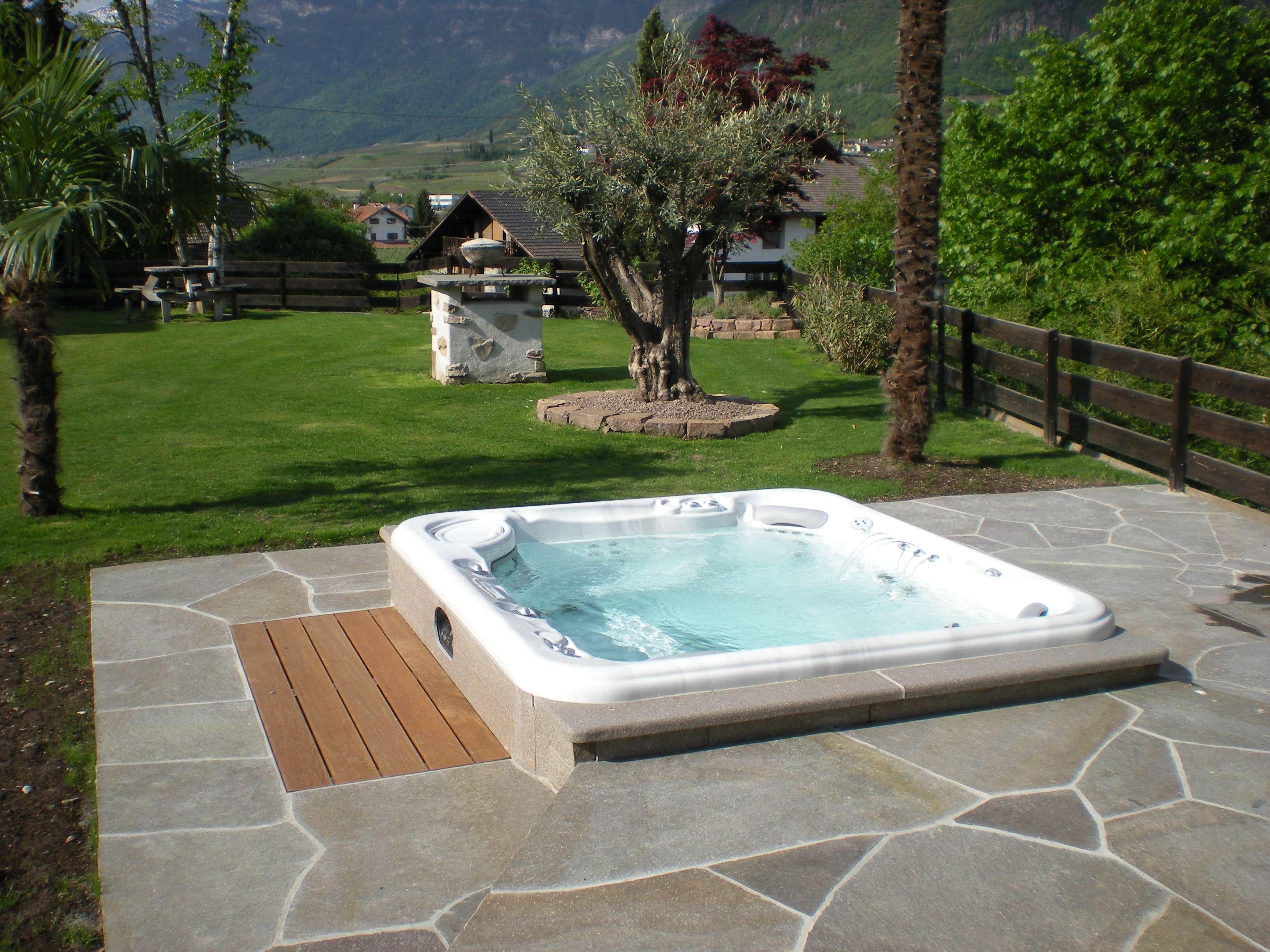 Le foto dei nostri clienti blog hot spring vasche for Vasche da giardino in plastica